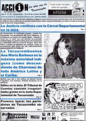 Portada del semanario ACCION INFORMATIVA de la ciudad de Tacuarembó - Uruguay, donde está el rostro en primer plano de una sonriente Ana María Barbosa Oyanarte siendo reporteada por su coronamiento de Vicepresidenta del Fondo Indígena de Latinoamérica y el Caribe, publicación del 19 al 25 de octubre de 2006